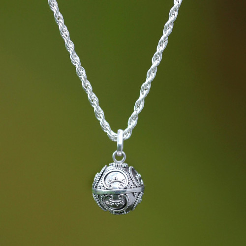 Artisan Crafted Sterling Silver Pendant Necklace 'Denpasar Moon'