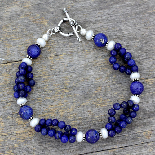 Lapis lazuli and pearl beaded bracelet 'Gulmohar Lady'