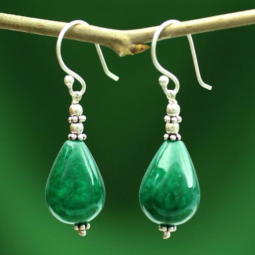 Chalcedony dangle earrings 'Emerald Dewdrop'
