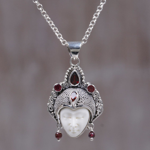 Handmade Sterling Silver and Garnet Pendant Necklace 'Queen of Sumatra'