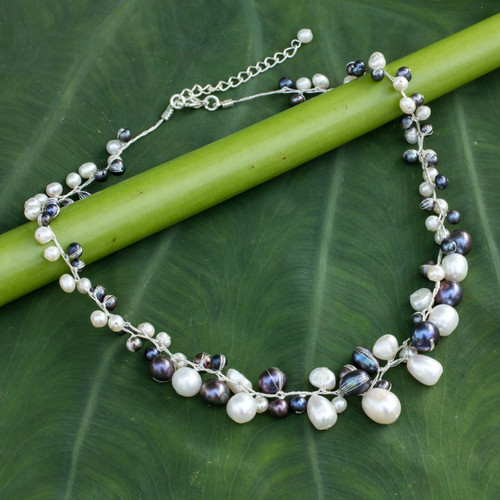 Unique Pearl Necklace 'Monochrome Harmony'