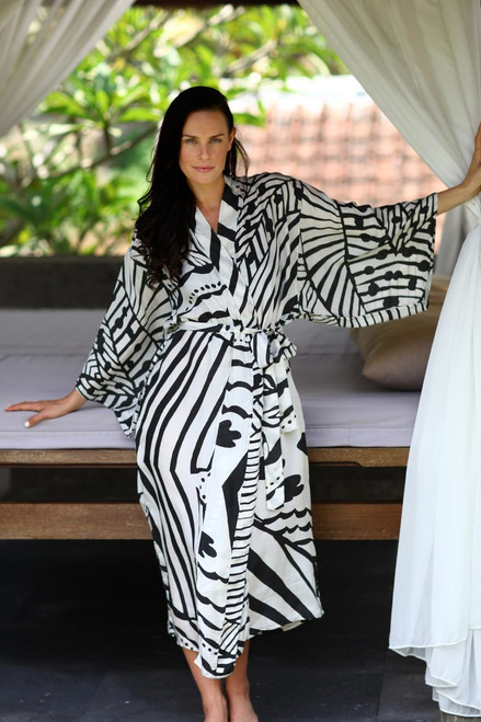 Women's Balinese Black and White Patterned Silk Robe 'White Night'