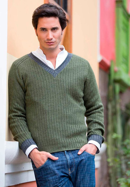 Men's Handcrafted Peruvian Alpaca Wool Solid Pullover 'Informal Green'