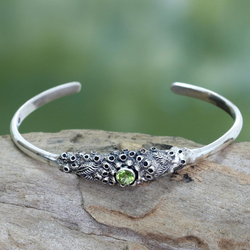 Handcrafted Peridot and Silver Cuff Bracelet 'Coral Treasure'