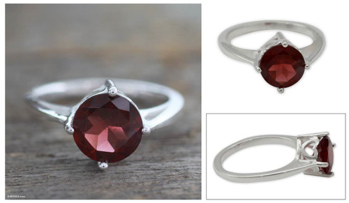 Garnet solitaire ring 'India Love'