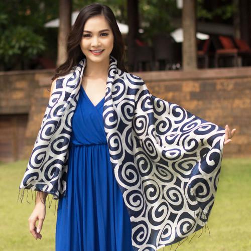 Silk scarf 'Blue Thai Maze'