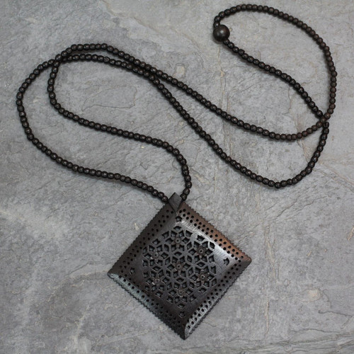 Ebony Wood Necklace Hand Carved Jewelry from India 'Mughal Enchantress Diamond'