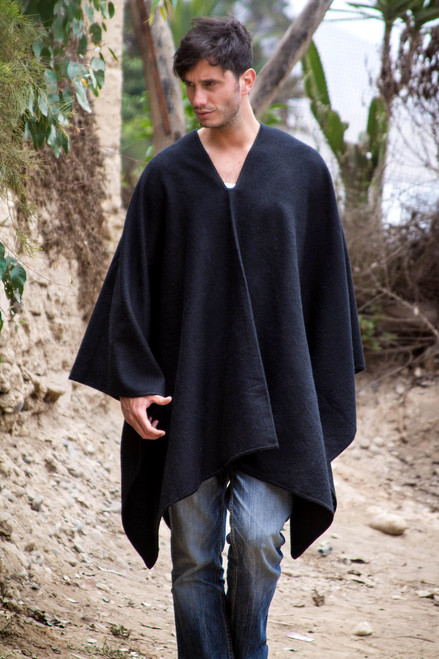 Peruvian Poncho for Men in Warm Alpaca Blend 'Inca Explorer in Black'