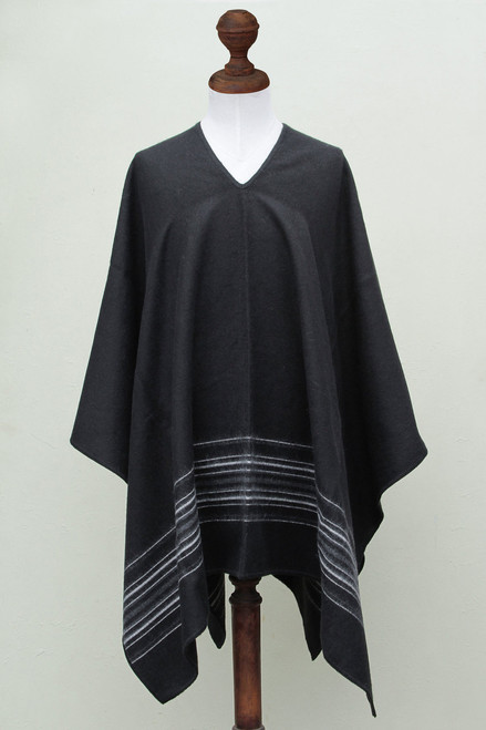 Artisan Crafted V-neck Alpaca Blend Poncho for Men 'Black Nazca'