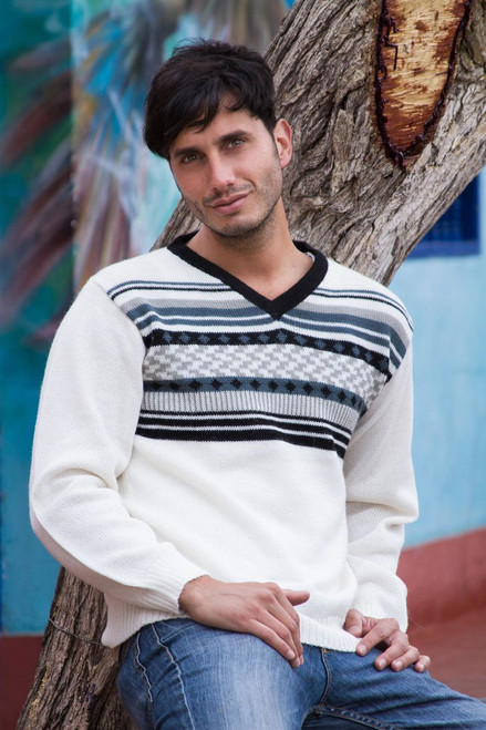 Men's White Alpaca Pullover Sweater from Peru 'Tireless Wanderer'