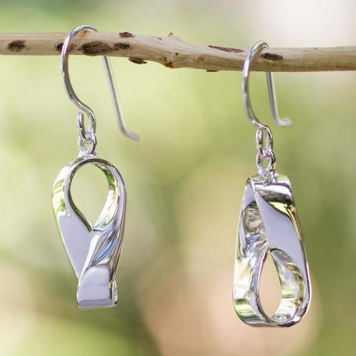 Handmade Modern Taxco Silver Earrings 'Modern Mobius'