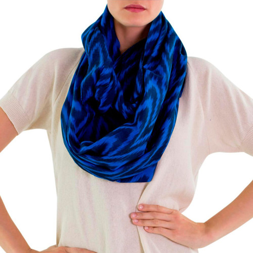 Handcrafted Cotton Infinity Scarf 'Jaspe Blue'