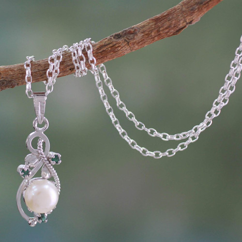 Fair Trade Pearl and Emerald Necklace 'Romantic Soul'