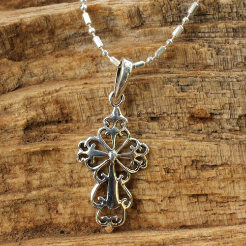 Silver Silhouette Cross Necklace 'Cross Silhouette'