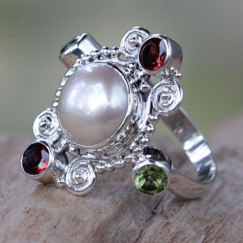 Artisan Crafted Cultured Pearl and Garnet Ring with Peridot 'Moon and Stars'