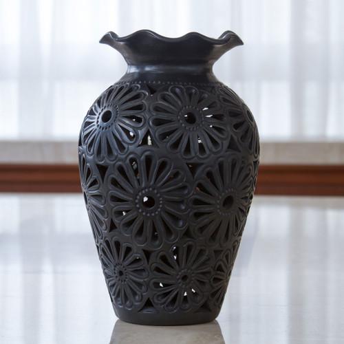 Oaxaca Floral Vase 'Floral Ruffles'