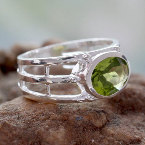 Peridot Ring Crafted of Sterling Silver 'Forest Glow'