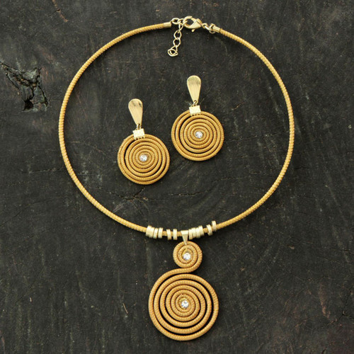 Handcrafted Golden Grass Jewelry Set with Gold Plated Accent 'Jalapão Evolution'