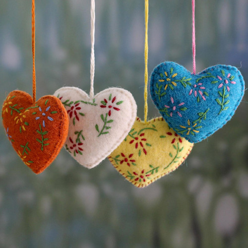 Hand Made Holiday Ornaments in Different Colors (Set of 4) 'Holiday Hearts'