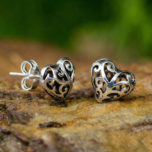 Hand Crafted Sterling Silver Filigree Heart Post Earrings 'Filigree Love'