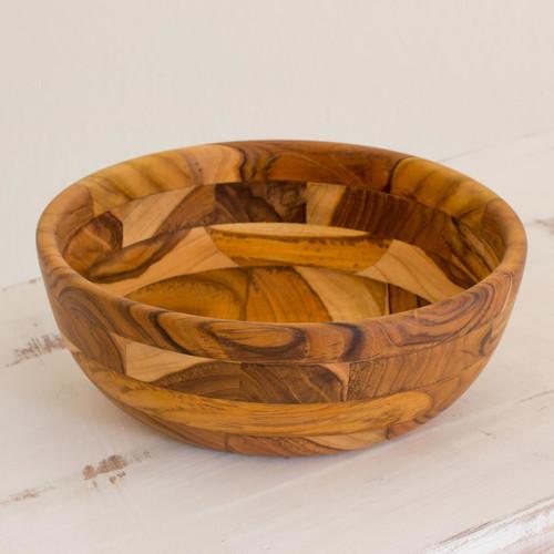 Guatemalan Teakwood Artisan Handmade 10-inch Bowl 'Forest Mosaic'