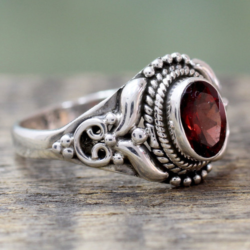 Traditional Style Silver and Garnet India Cocktail Ring 'Traditional Romantic'