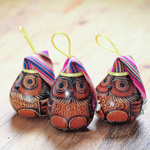 Dried Mate Gourd Owls Ornaments Wearing Hats (Set of 3) 'Holiday Owls'