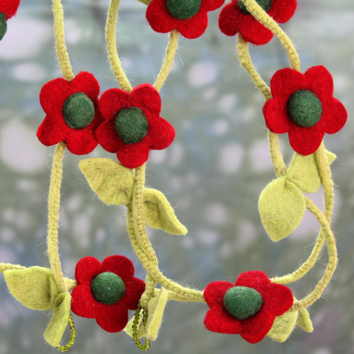 Hand Crafted Floral Christmas Tree Garland in Wool Felt 'Holiday Begonias'