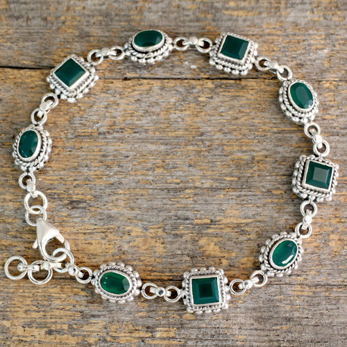 Link Bracelet in Sterling Silver with Enhanced Green Onyx 'Captivating Green'