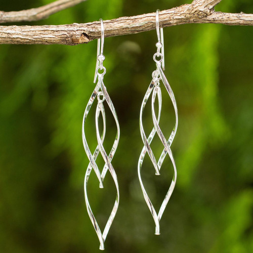 Contemporary Design Dangle Earrings in Sterling Silver 'Ribbon Helix'