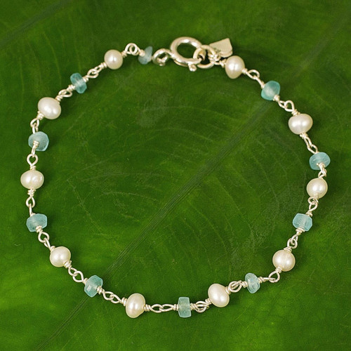 Handmade Apatite and Cultured Pearl Link Bracelet 'Morning Blue'