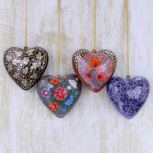 4 Floral Hearts Artisan Crafted Papier Mache Ornaments Set 'Season of Love'