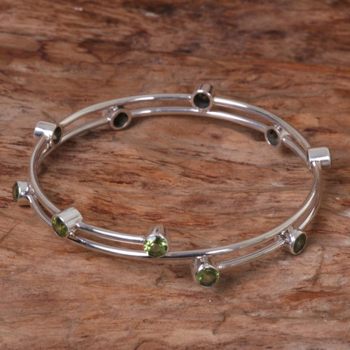 Hand Made Sterling Silver Peridot Bangle Bracelet Indonesia 'Orchid Twist in Green'