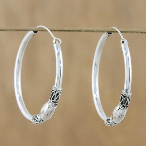 Gleaming Sterling Silver Hoop Earrings from Thailand 'Cool Rounds'