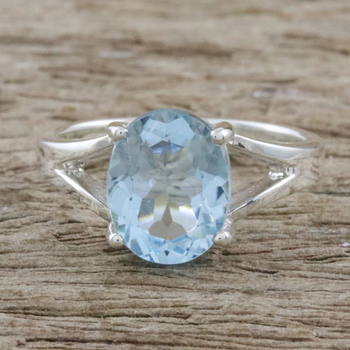 Blue Topaz and Sterling Silver Modern Single Stone Ring 'Solitary Beauty'