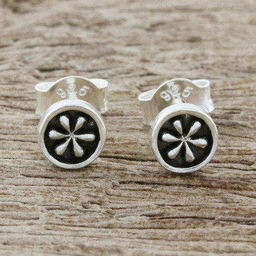 Petite Floral Sterling Silver Stud Earrings from Thailand 'Daisy Circles'