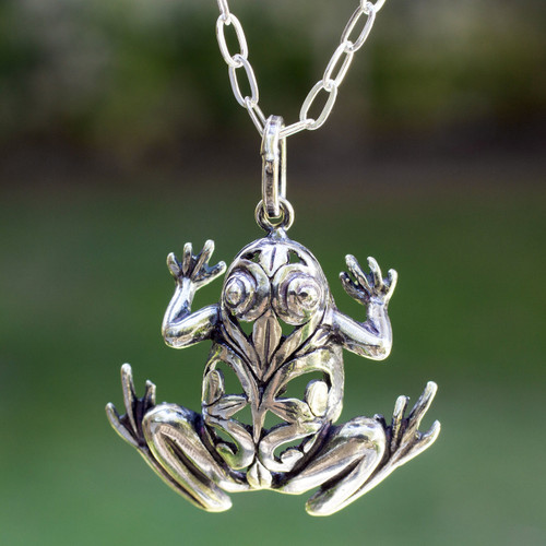 Men's Handmade Sterling Silver Good Luck Necklace 'Lucky Frog'