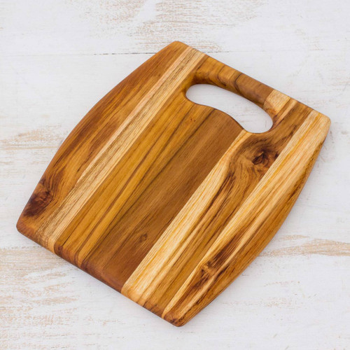 Wood Cutting Board Kitchen Accessory 'Barrel'