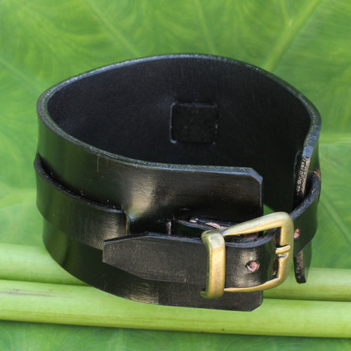 Men's Artisan Crafted Leather Wristband Bracelet 'Wider Lanna Warrior in Black'