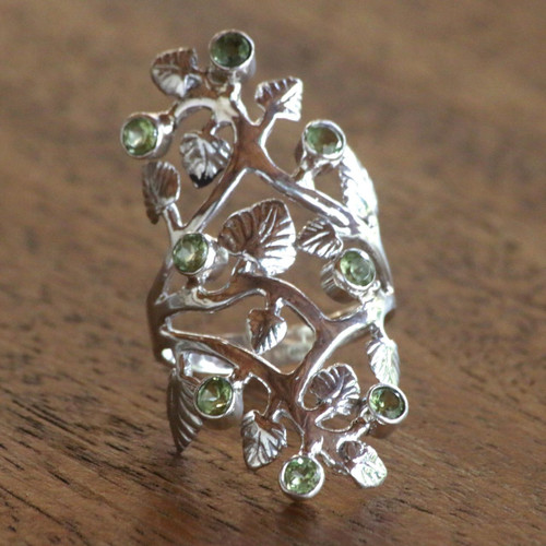 Cocktail Ring with Sterling Silver Leaves and Peridot Fruits 'Forest Light'