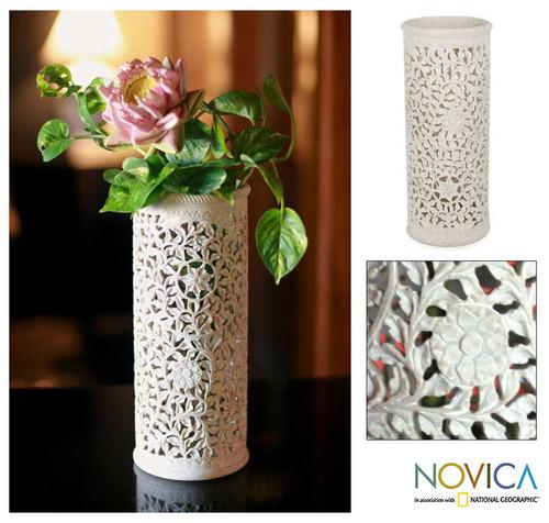 Handmade Jali Natural Soapstone Vase 'Moonlight Jasmine'