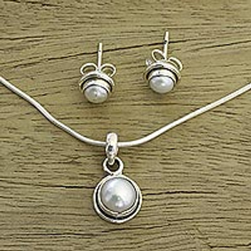 Bridal Pearl Jewelry Set in Sterling Silver  'White Cloud'