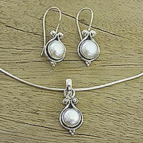 Bridal Sterling Silver Pearl Jewelry Set from India 'Honesty'