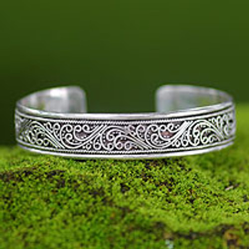 Artisan Crafted Sterling Silver Cuff Bracelet 'Fern Ribbon'