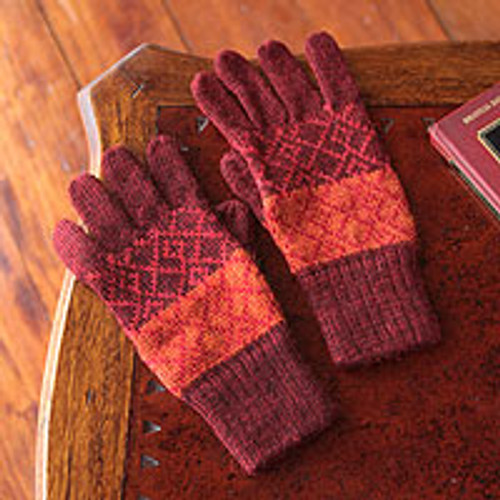 Handmade Alpaca Wool Patterned Gloves 'Diamond of the Andes'