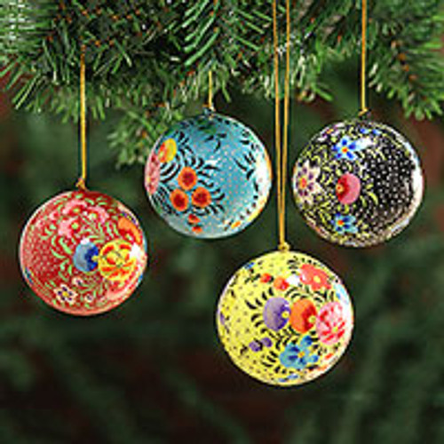 Hand Painted Multicolored Floral Ornaments (Set of 4) 'Floral Beauty'