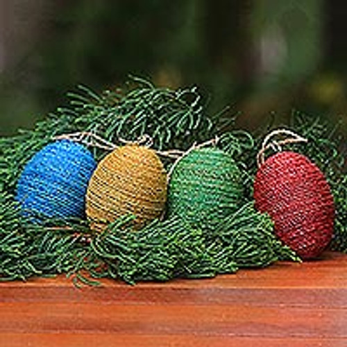 Handmade Natural Fiber and Wood Ornaments (Set of 4) 'Colorful Eggs'