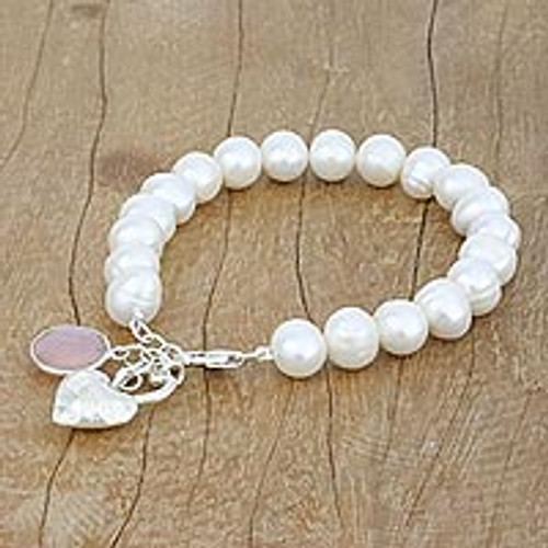 Cultured Pearl and Chalcedony Beaded Bracelet from Thailand 'Alluring Romance'