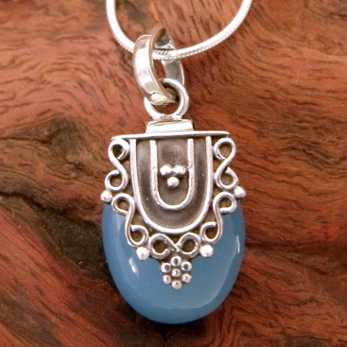 Hand Crafted Sterling Silver and Chalcedony Pendant Necklace 'Morning Dew'