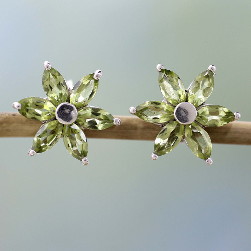 Women's Floral Sterling Silver Button Peridot Earrings 'Summer Blossom'